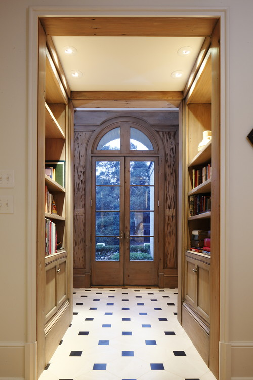 Thomas House Hallway