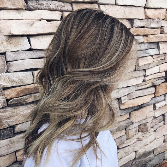 Brunette + blonde = 💛. Hair by @katylillly. #aristagirl #kchairstylist #aristahairsolutions