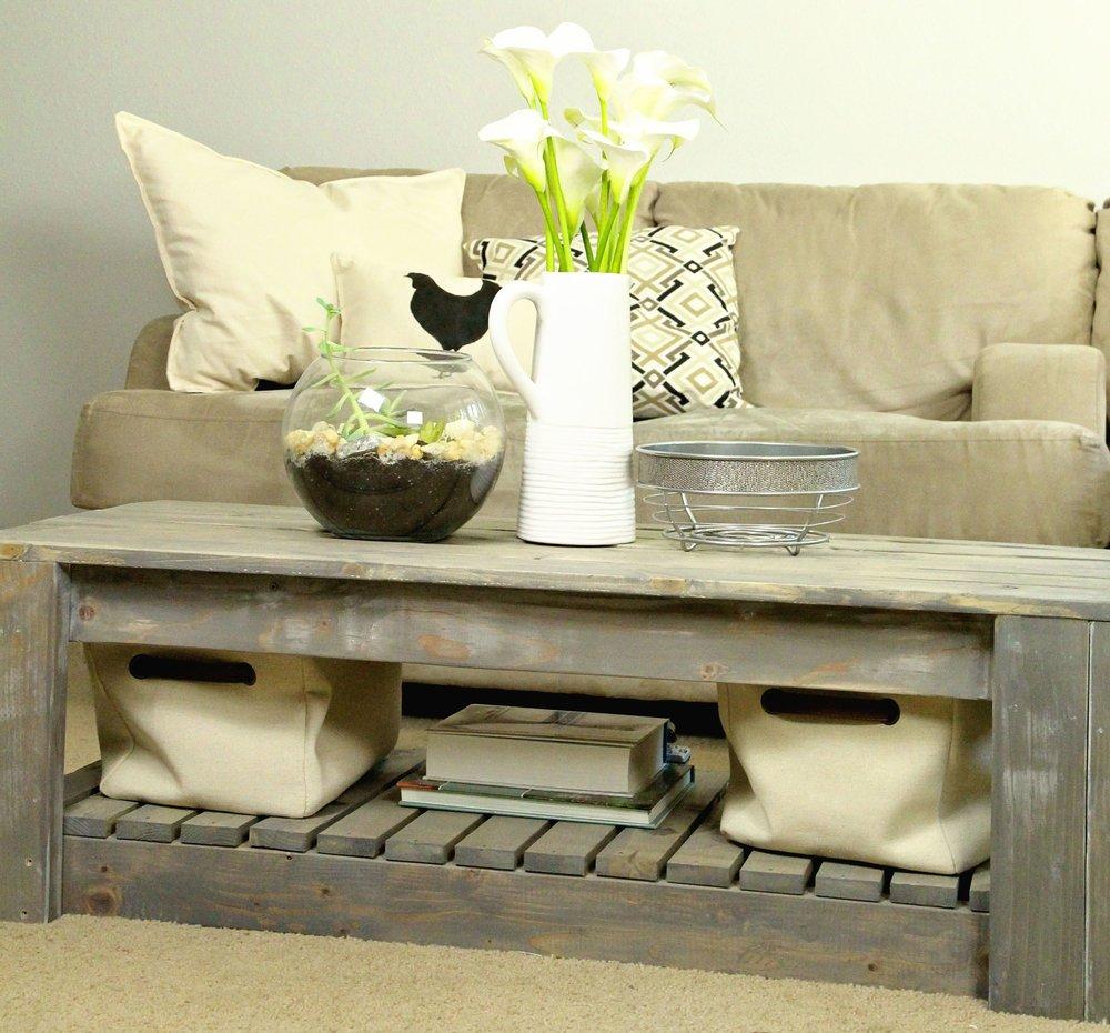 diy-rustic-coffee-table.jpg