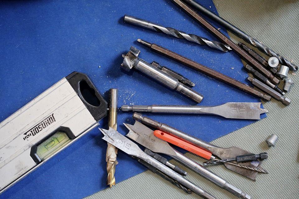 tools-569108_960_720-compressor.jpg