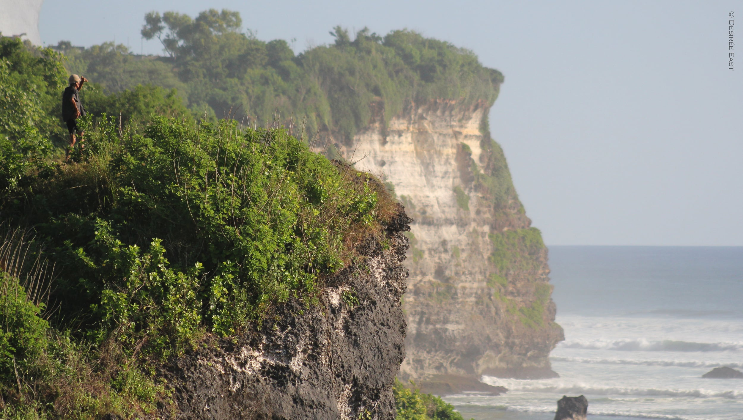 surf check from the cliff. bali, indonesia. photo by desiree east