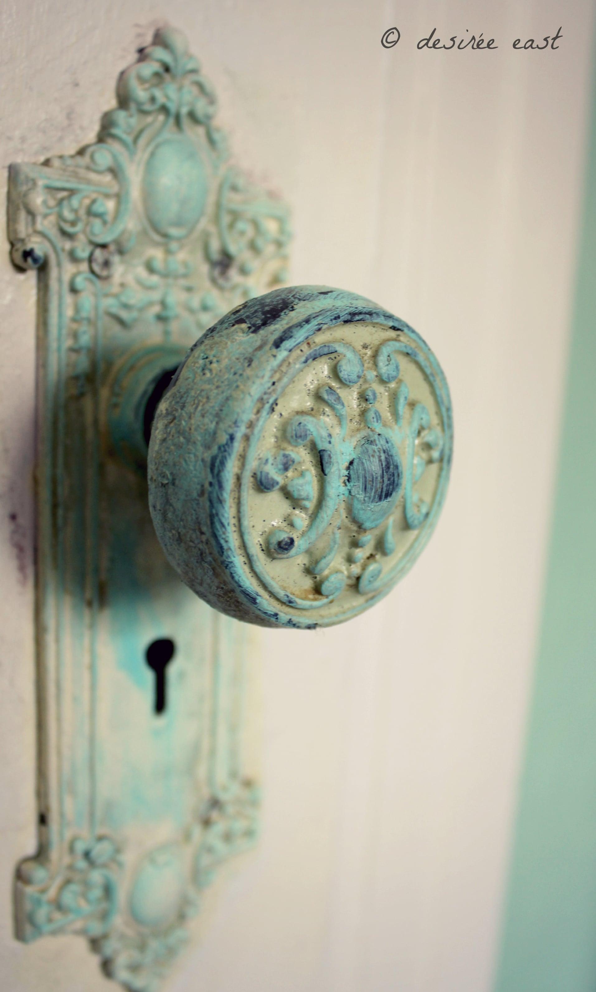 i heart this antique door knob. ventura, california. photo by desiree east