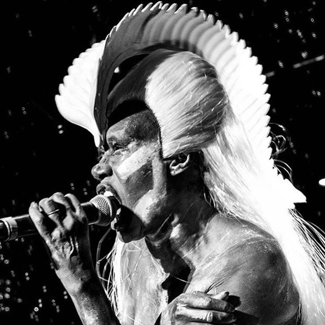 Grace. #gracejones #singer #icon #model #artist #performer #musician #legend #warrior #fashion #style #grace #swag #warpaint #headdress via @omauerberger