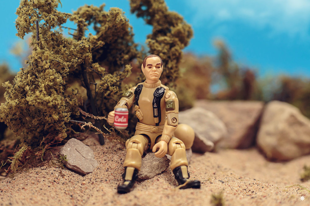 go-joe-grunt-cola-diorama-pizzabox-toy-photo-photography-action-figure.jpg