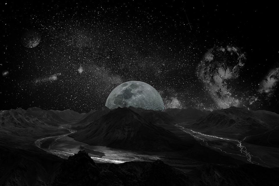 moon-2048727_960_720.jpg