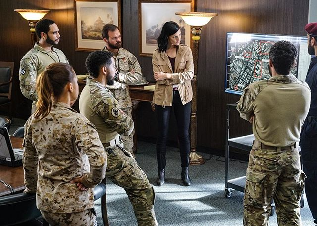 🎥 Reporting for D-U-T-Y 🎥 ~~~~~~~~~~~~~~~~~~~~~~~~~~~~~~~~~~~~~~Don't miss @sealteamcbs tonight at 9 p.m. on @cbstv. You'll see a familiar mug (🧔🏽) near the end of the episode. Much ❤️ to everyone for your support! As always, thanks to my team @susanzachary & Sue Wohl and all the folks at #TalentWorks. Let's get it!