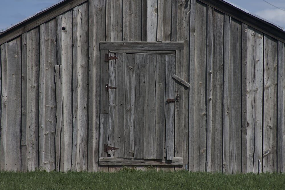 old_wood_barn_winery.jpg