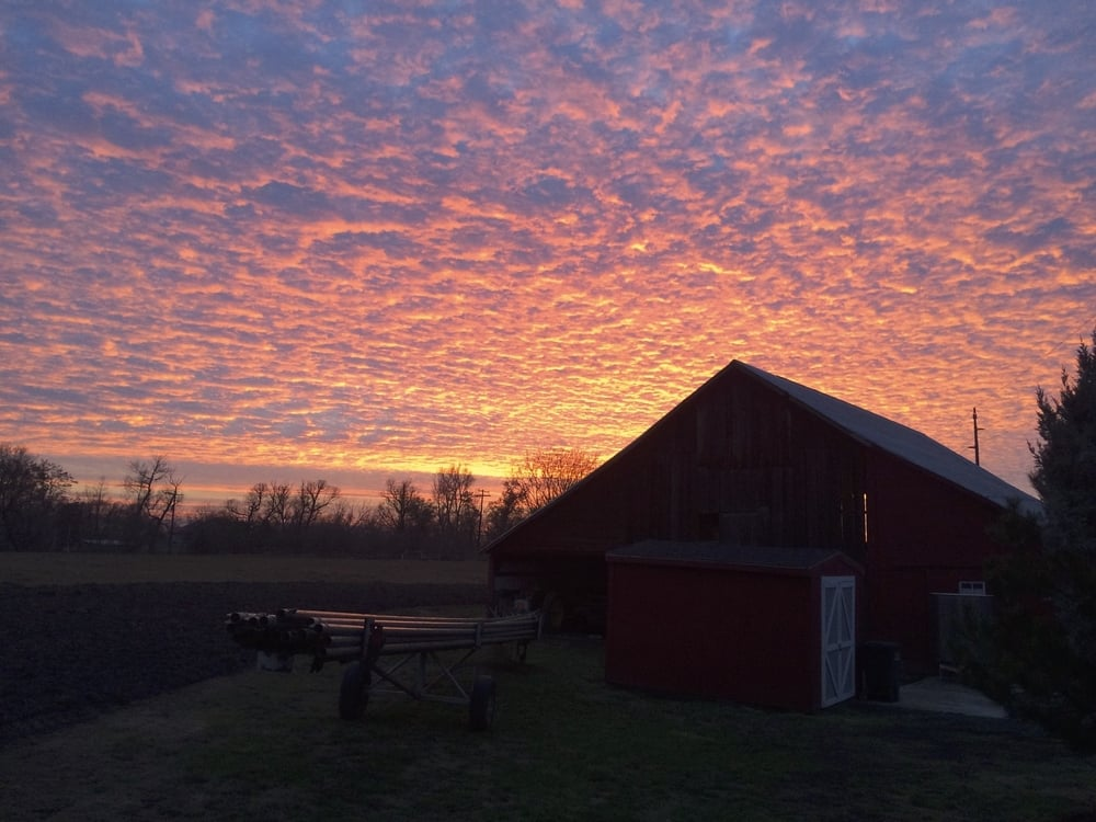 bunchgrass_winery_sunset.jpg