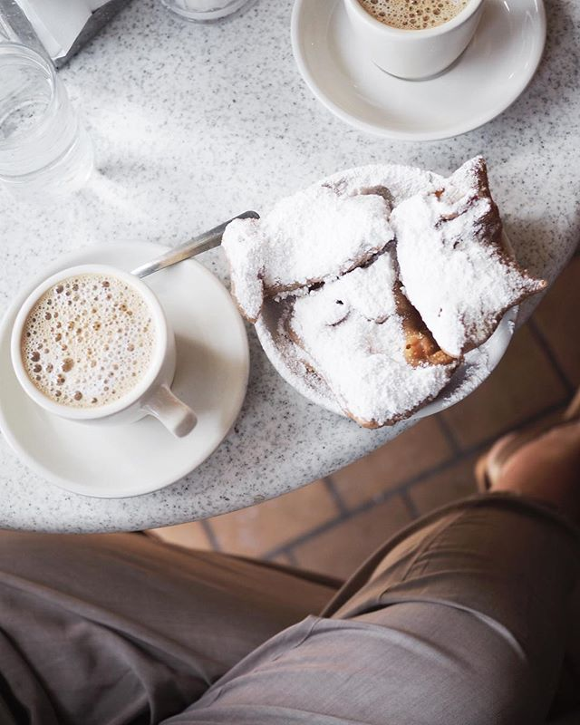 Today I ate beignets at a place that felt exactly like Disneyland but it was real life, hung out with incredible #bossbabes, and open-mouth stared at hundreds of giant Boston ferns on wrought iron balconies. Basically, I'm in heaven y'all. #beingbossnola