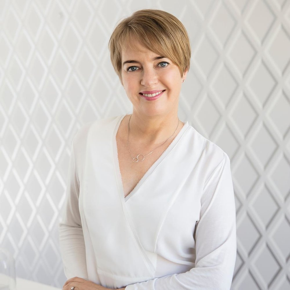 Janine Tait is an internationally qualified beauty therapist with over 30 years experience and a respected leader within the emerging Slow Beauty movement. Janine's training programmes inspire and empower therapists to develop a holistic approach to skincare with a focus on dermo-nutrition, wellness and total body health.