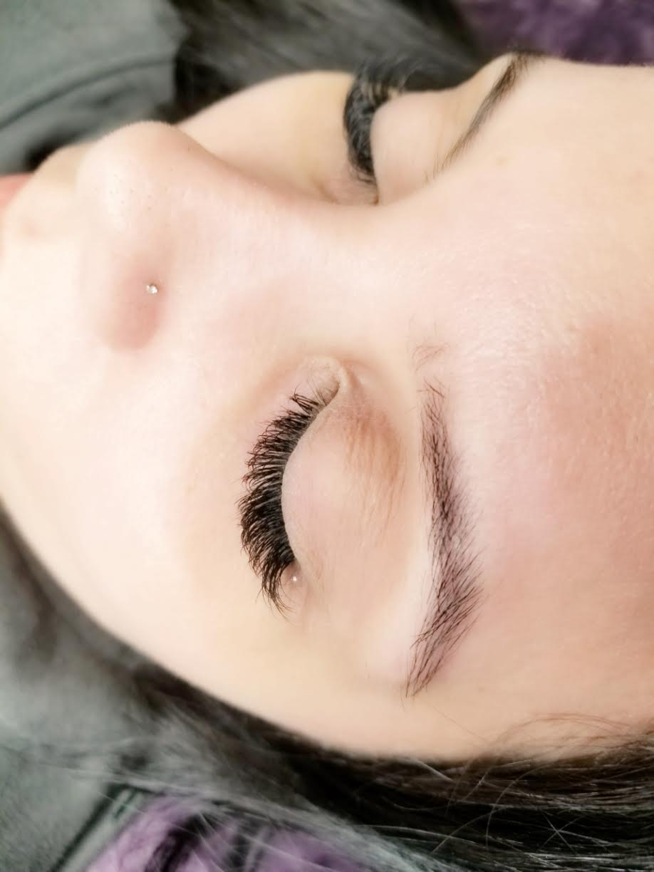 eyelash extensions training - Be Your Own Boss