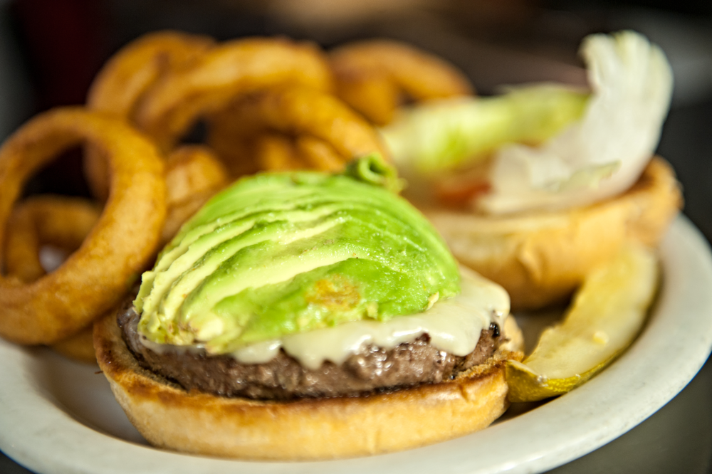 Burgers: Nature Burger with Onion Rings