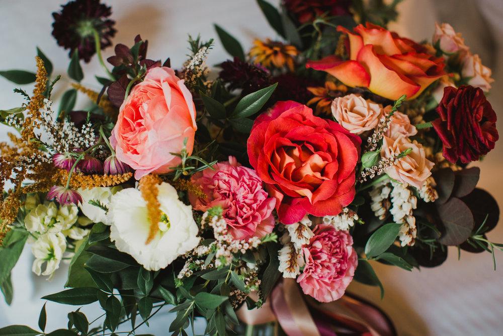 Beth-Ted-Balzacs-Coffee-Distillery-District-Toronto-Wedding-Planning-INLY-Events-Lushana-Bale-Photography-005.jpg