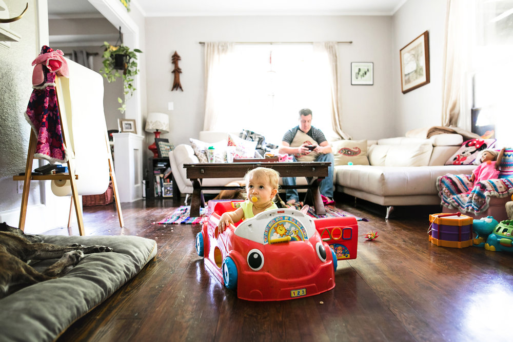 baby drives toy car on living room floor-(ZF-0126-04493-1-055).jpg