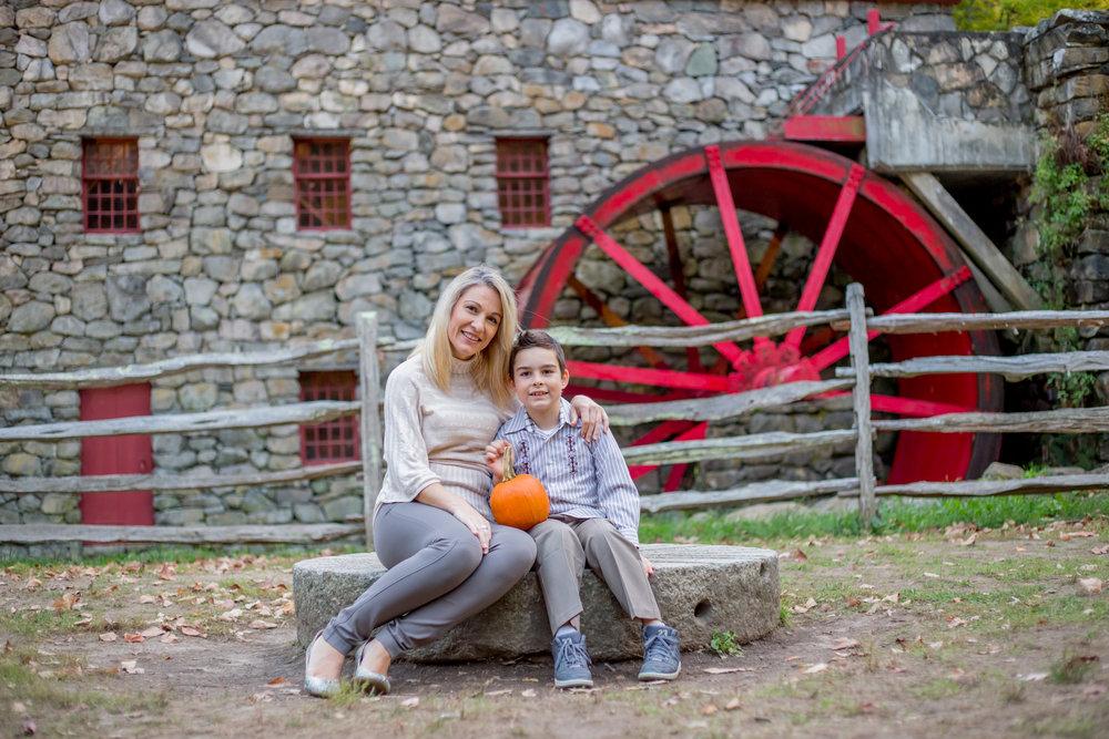 Sudbury MA Grist mill erica pezente fall family photo