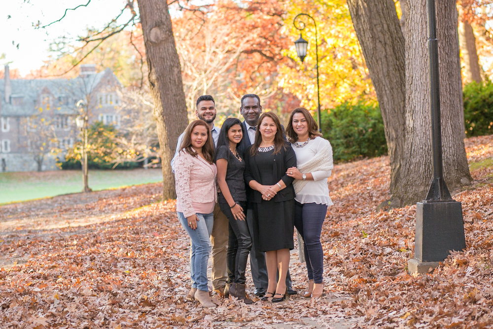 wellesley college fall family photo erica pezente