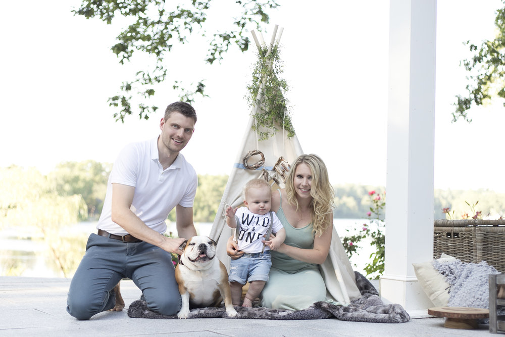 boho family photo with dog