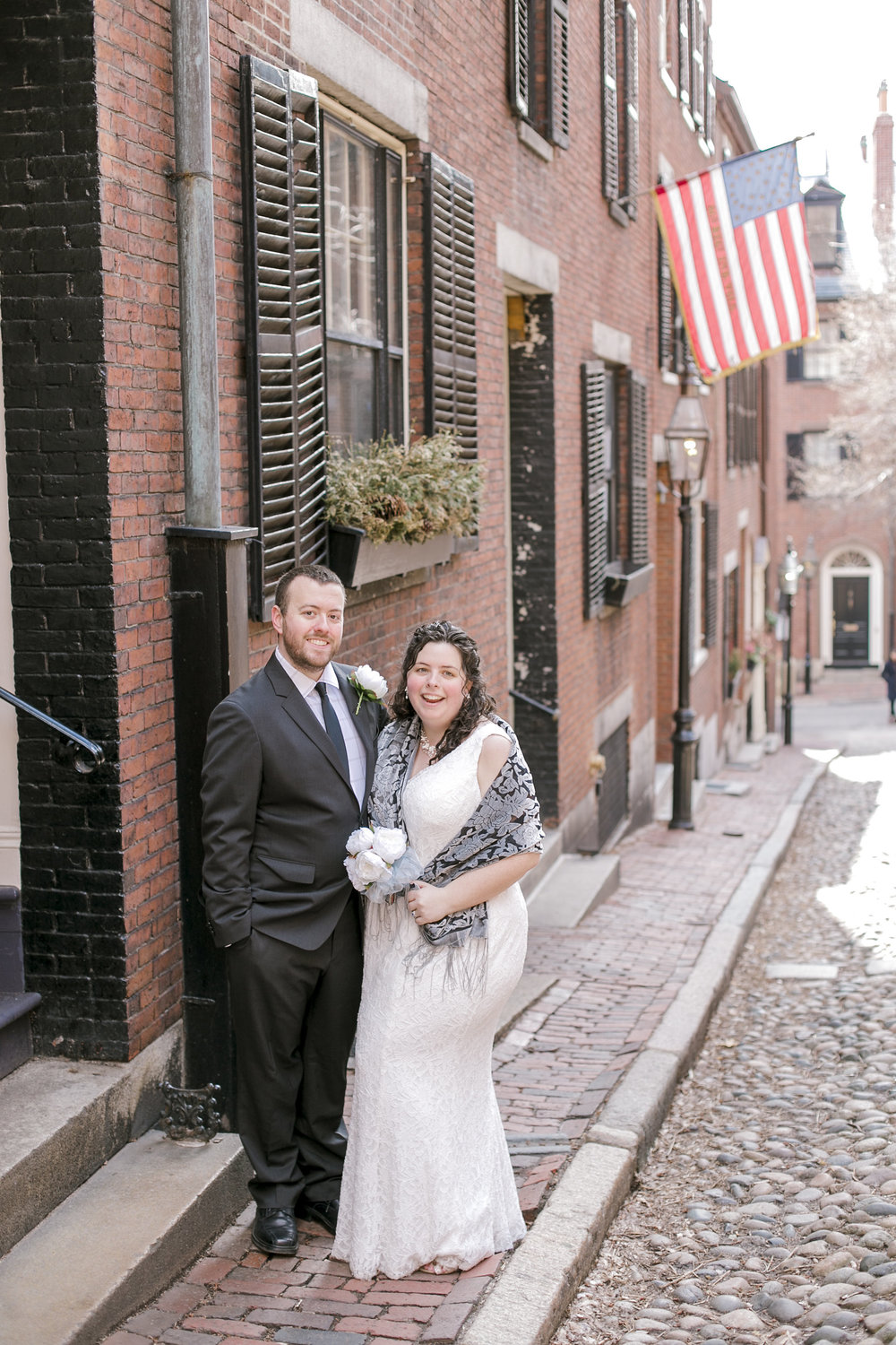 beacon_hill_acorn_street_wedding_photographer_erica_pezente_photo-4.jpg