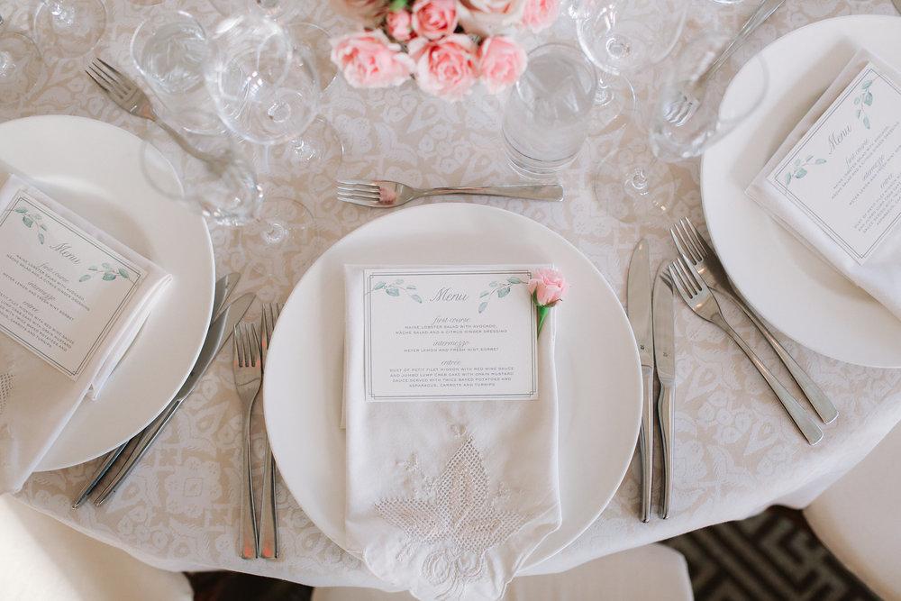 0735_megan_beth_weiss_hay_adams_wedding_photo.jpg