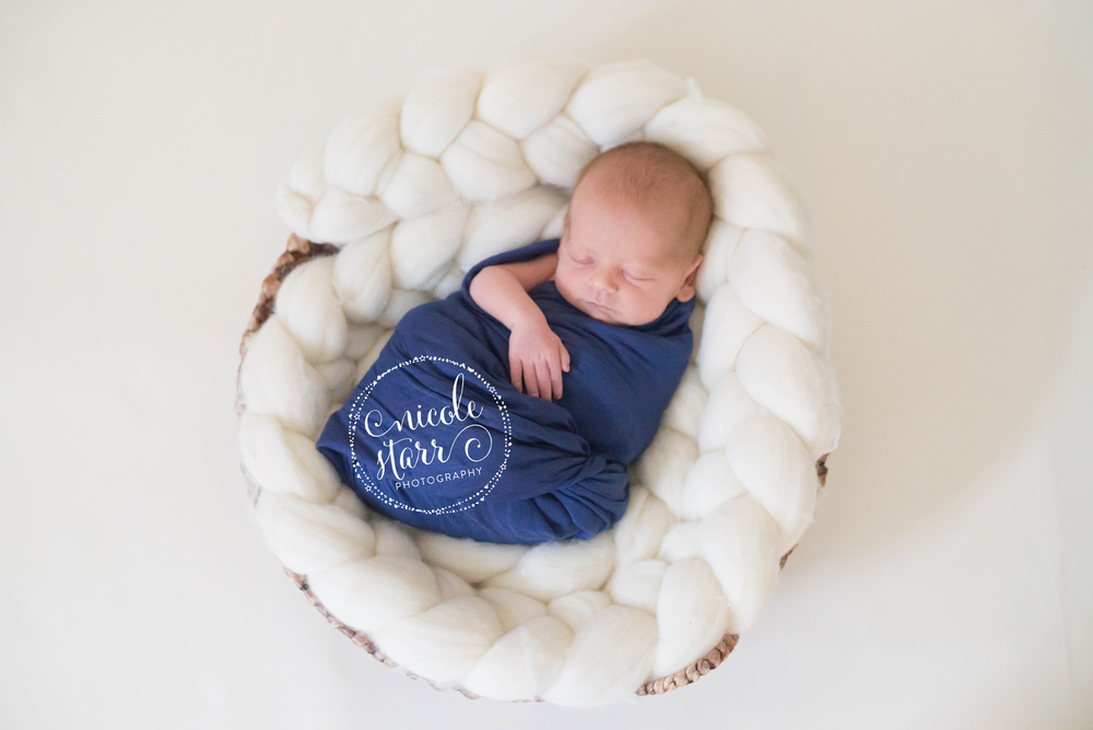 WM-kostopoulos-newborn-8.jpg