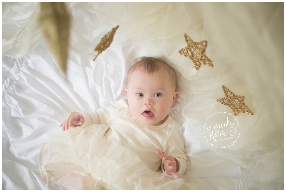 Nicole Starr Photography | Boston photographer gives photo sessions to families with Down syndrome