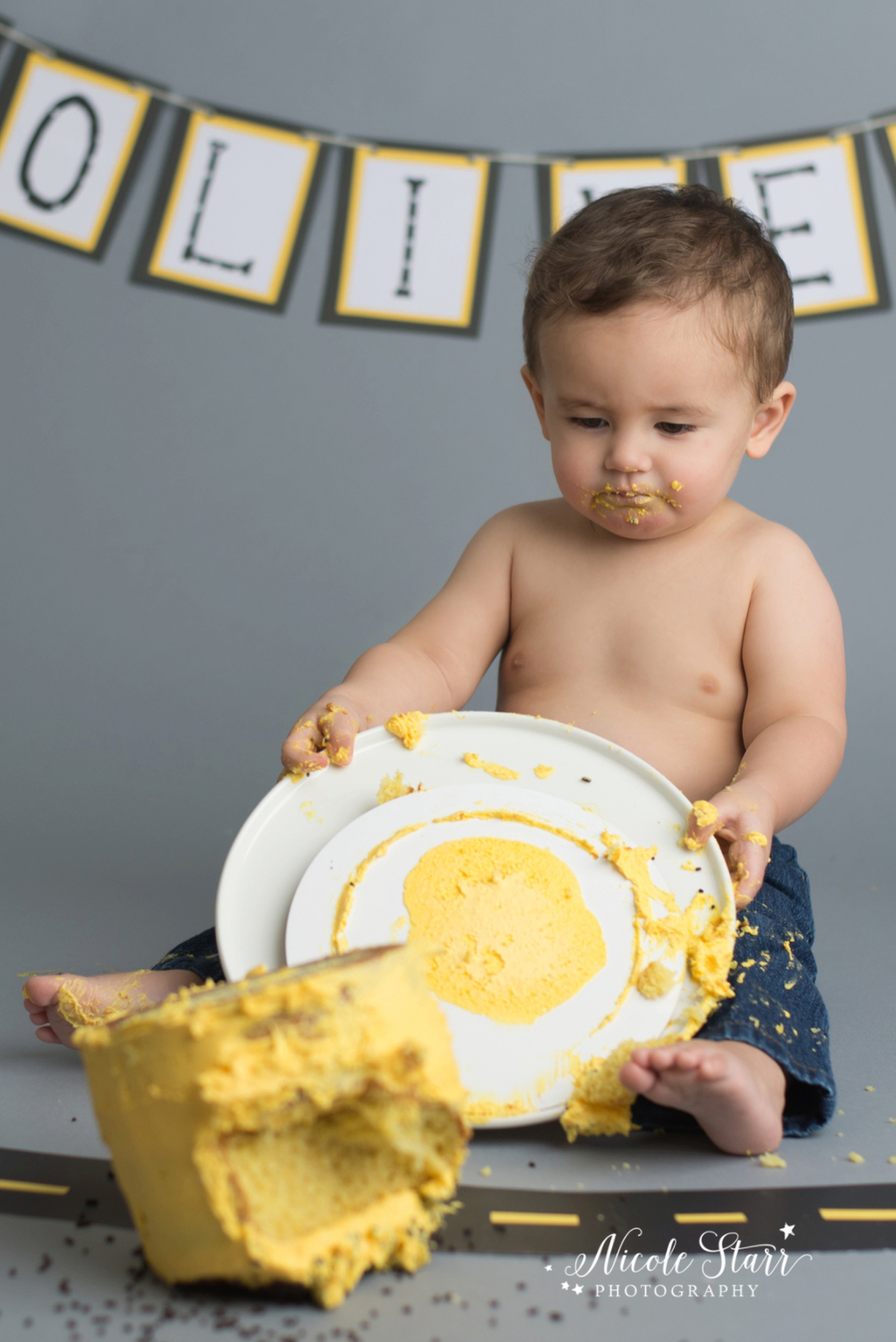 upstate new york saratoga albany cake smash first birthday baby photographer_0007.jpg