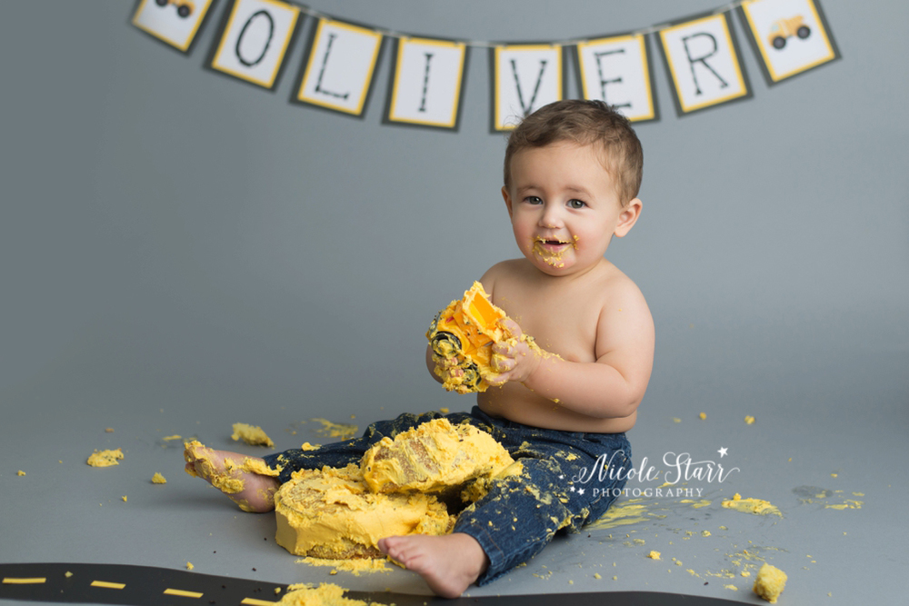 upstate new york saratoga albany cake smash first birthday baby photographer_0017.jpg