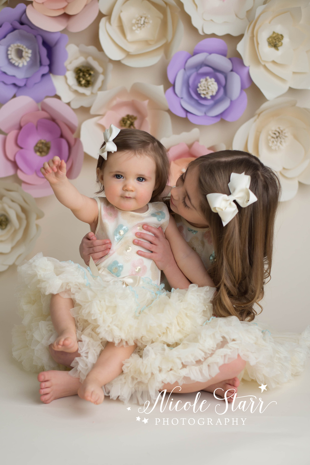 albany saratoga springs studio photographer springtime paper flower backdrop