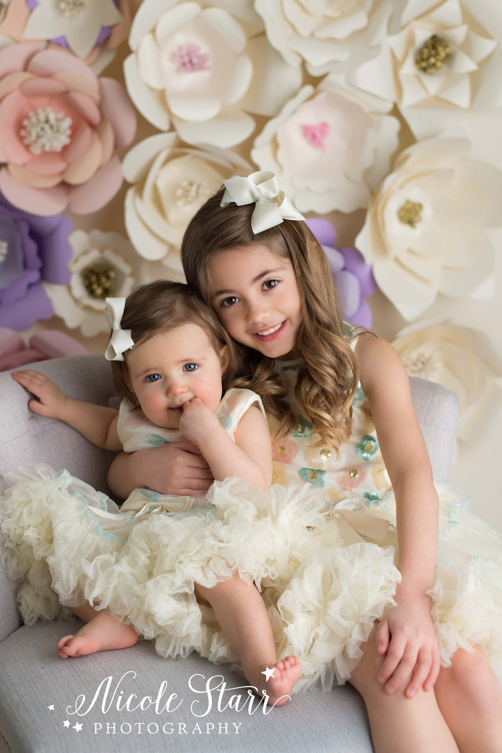 upstate new york family photographer studio DIY flower backdrop.jpg