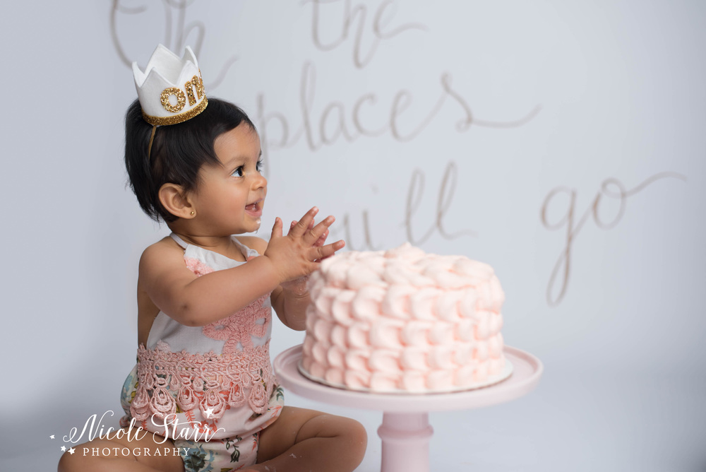 oh the places you'll go birthday cake smash with Albany NY photographer, Nicole Starr Photography