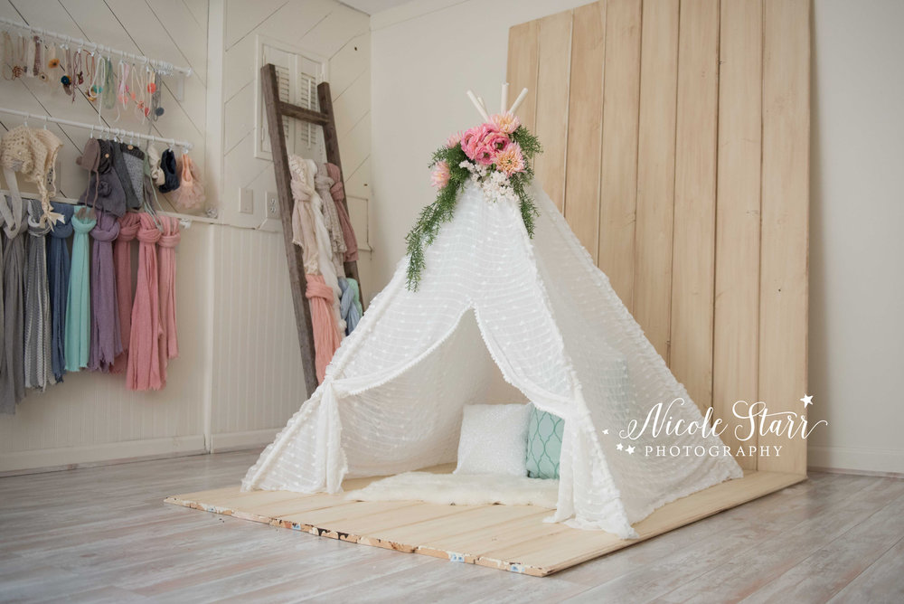DIY teepee photography prop