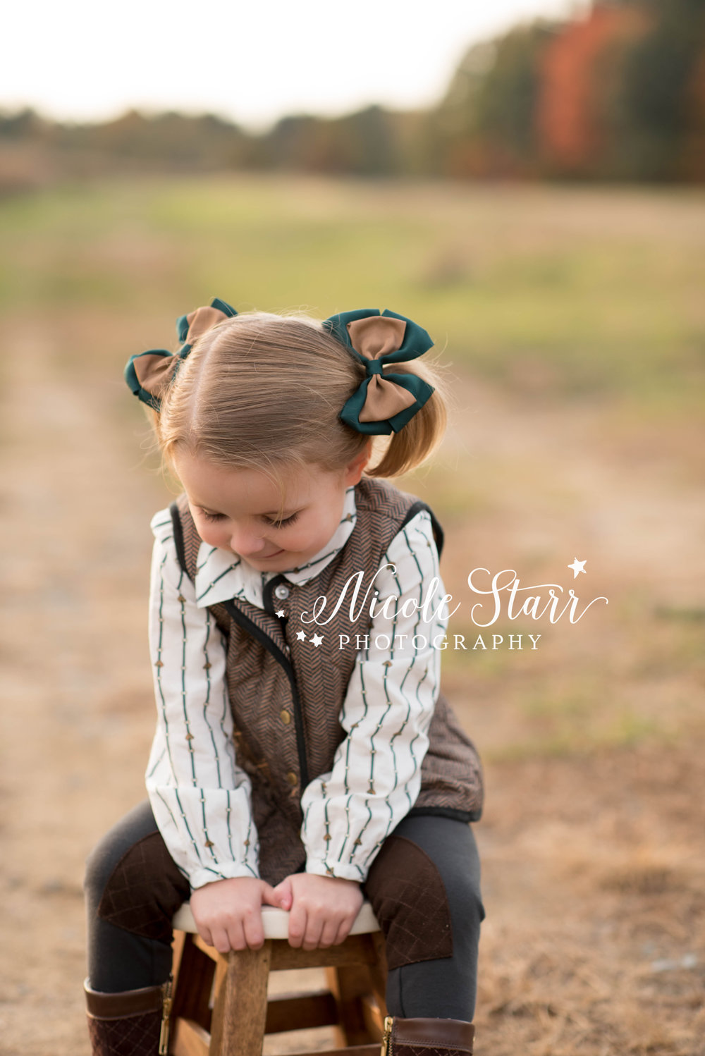 rustic family photos at pitney meadows community farm in saratoga springs