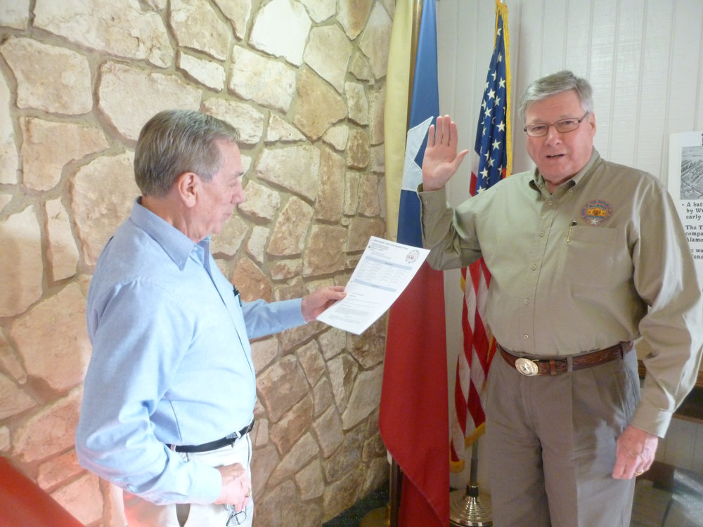 "Alamo Chapter  Past President  Jim Massingill   gets swore in as SRT "" Heart of Texas"" District Representative  by  2nd Vice President General    Ed Heath."