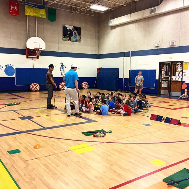 We are piloting our PE programming this week at Spicewood Elementary! The young golfers are loving it, and so are we!  #golfinschools  #thegolfschool #golf #atx #austintx #austin #texas #atxgolf #golfing #pga #teacher #teaching #coach #coaching #puma #cobra #edel #keepaustingolfing #golfisfun #spicewood #pe #programming #camps