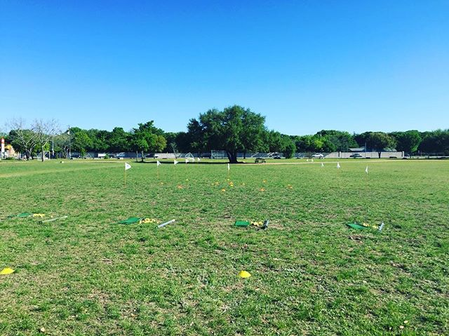 Outside set up for the P.E. Program that we're running at Spicewood Elementary all week! The young golfers are loving it!  #golfinschools  #thegolfschool #golf #atx #austintx #austin #texas #atxgolf #golfing #pga #teacher #teaching #coach #coaching #puma #cobra #edel #keepaustingolfing #golfisfun #spicewood #pe #golfcamp