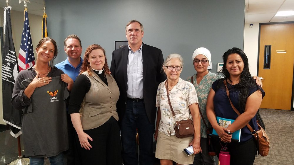 IMIrJ meets with Senator Merkley to discuss immigration issues, concerns, and getting ICE OUT OF OREGON