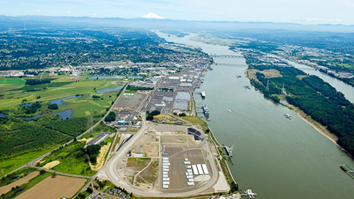 Proposed Vancouver, WA oil terminal site – Port of Vancouver (Credit:  Bergman Photographic Services )