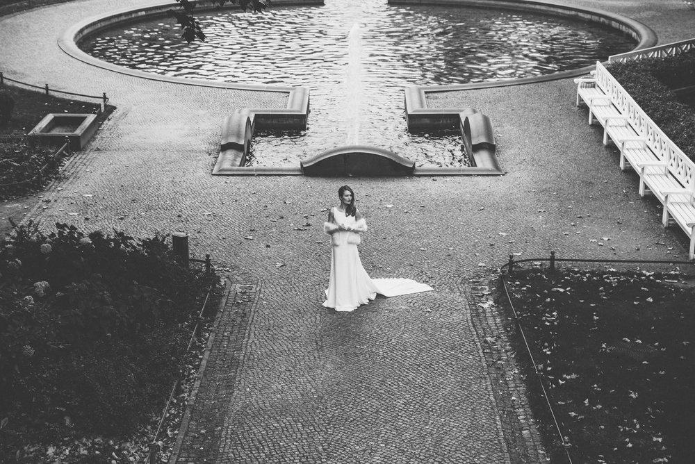LostinBerlin_BridalEditorial_AK_theLane redone-18.jpg