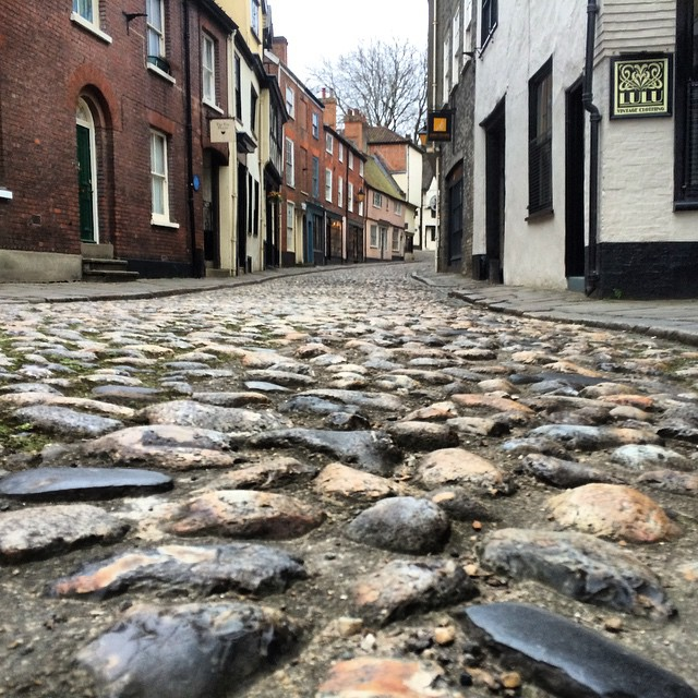 A cobbled street. Image: Flickr. License CC BY 2.0