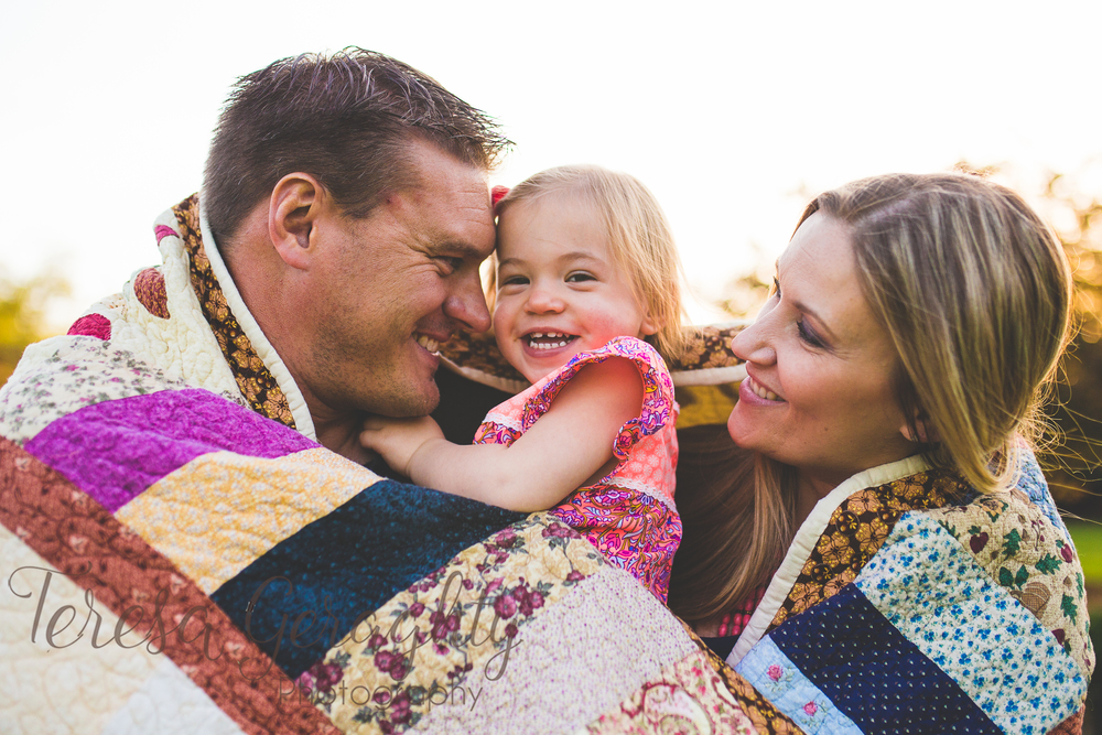 Long Island Rustic Outdoor family Session