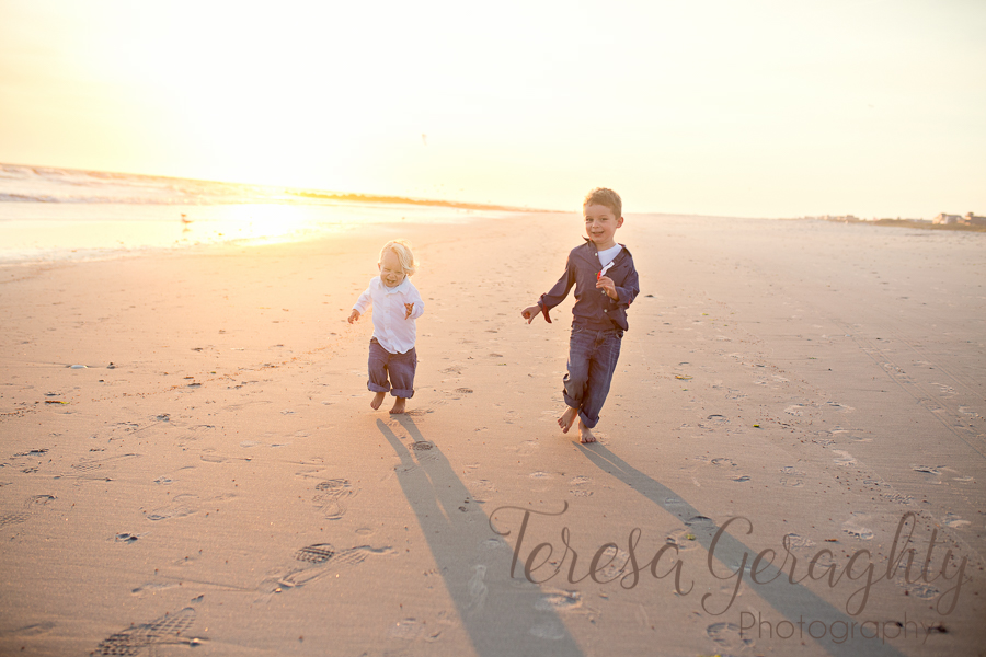 Long Island children's sunset beach photographer