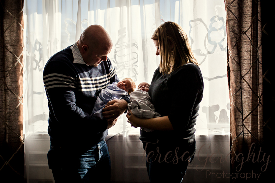 authentic and Candid newborn photographer in Nassau county