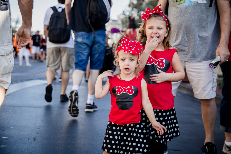 Girls in matching Minnie outfits