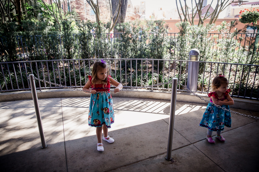 girls waiting on line at disney