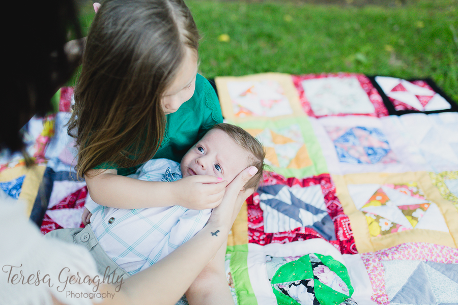 Long Island outdoor newborn photographer