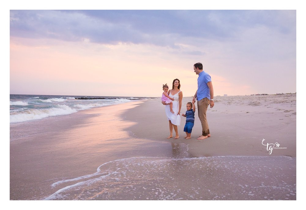 long island sunset beach family photographer in Long Beach