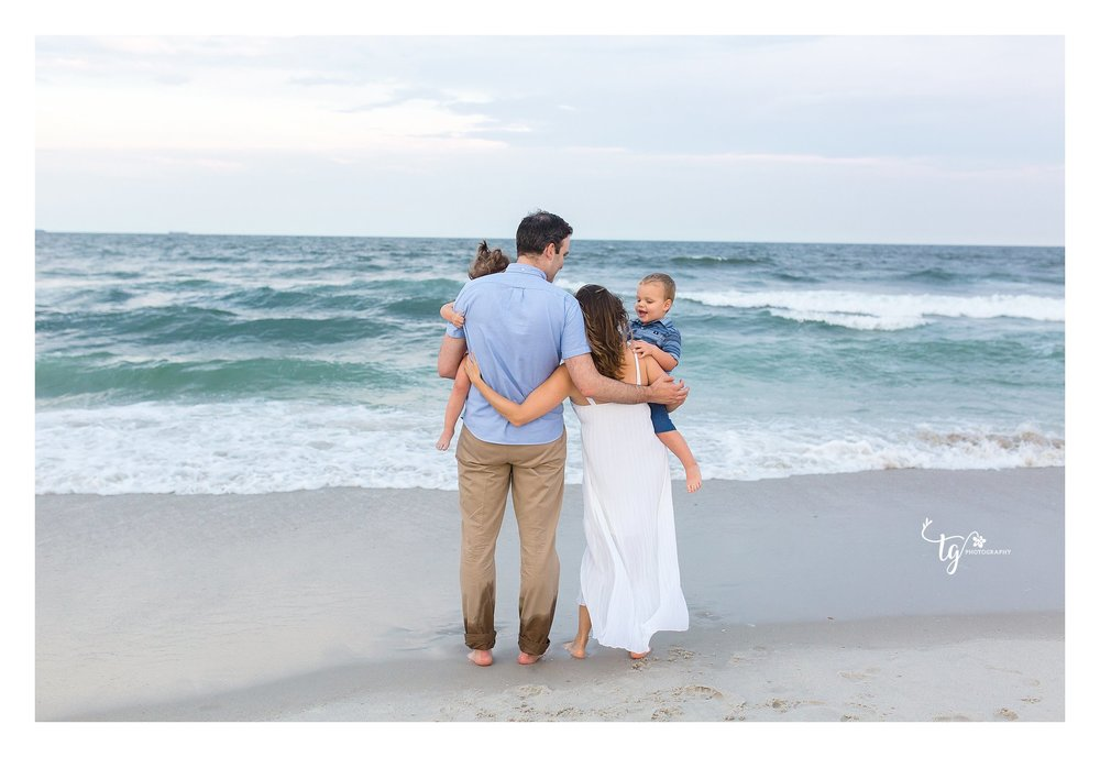 Long island photographer for beach family pictures