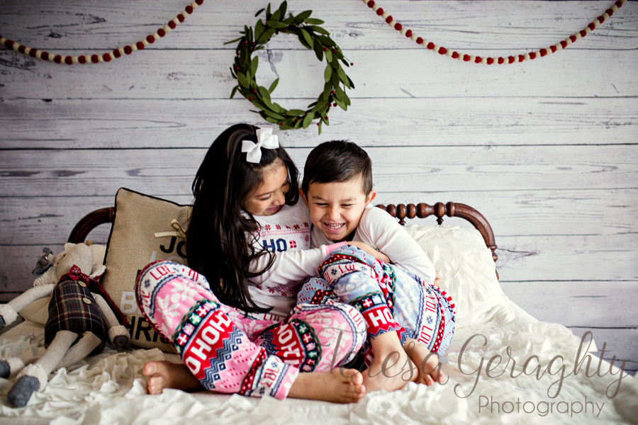photographer for natural children's holiday photos