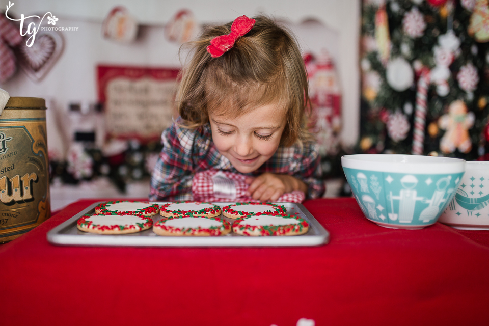 photographer for kids holiday photos
