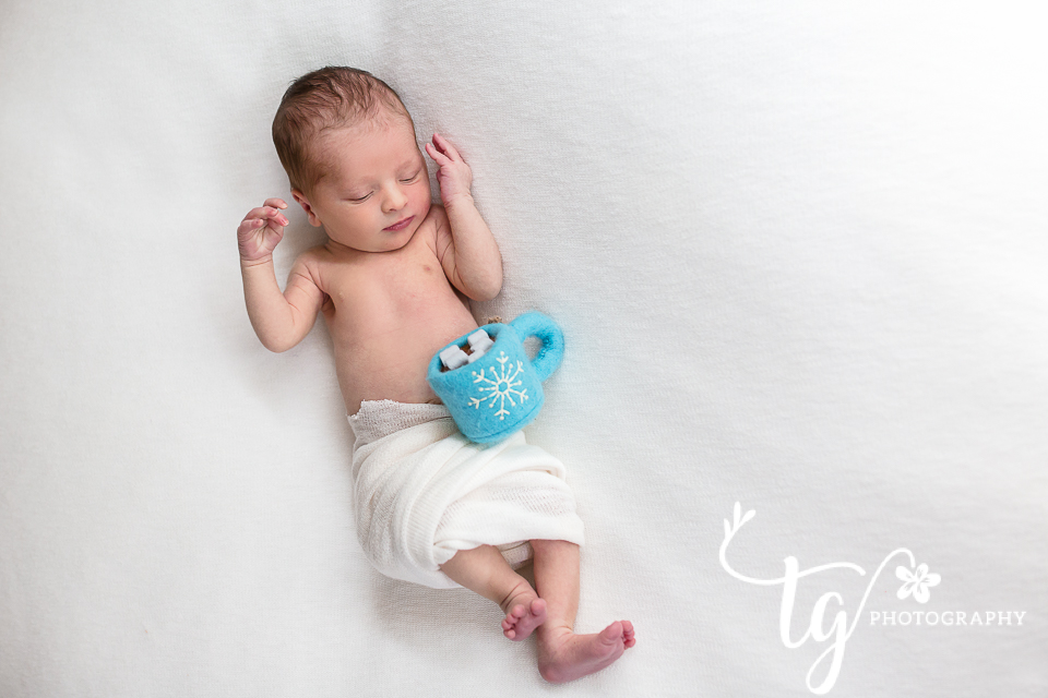 custom newborn studio session